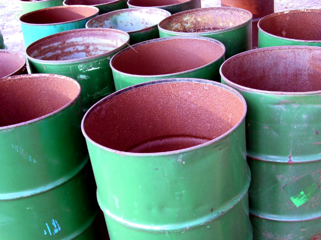 The Known Advantages of Polyethylene Plastic Drums