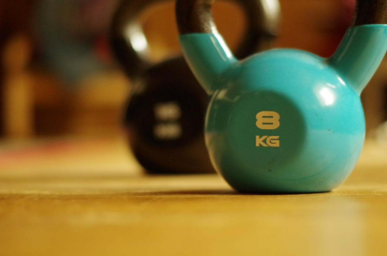 Choosing Between Traditional Weight Training and StrongFirst