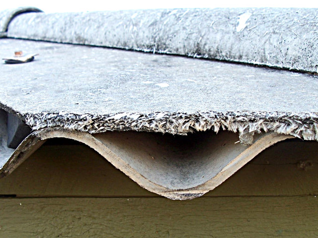 Safe Way to Identify If Your Roof Contains Asbestos