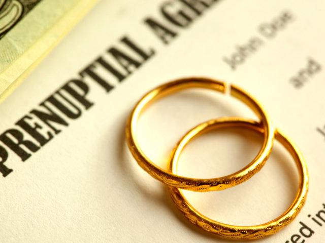 Financial Agreements: Choosing between Pre-Nup & Post-Nup