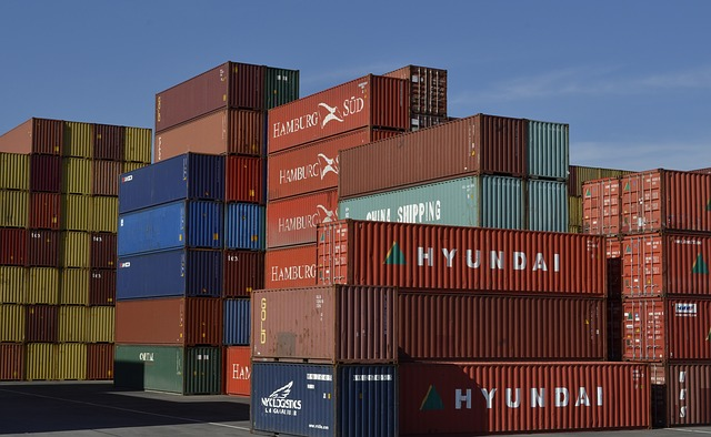 Keeping Cargo Safe: Finding Container Transport Companies
