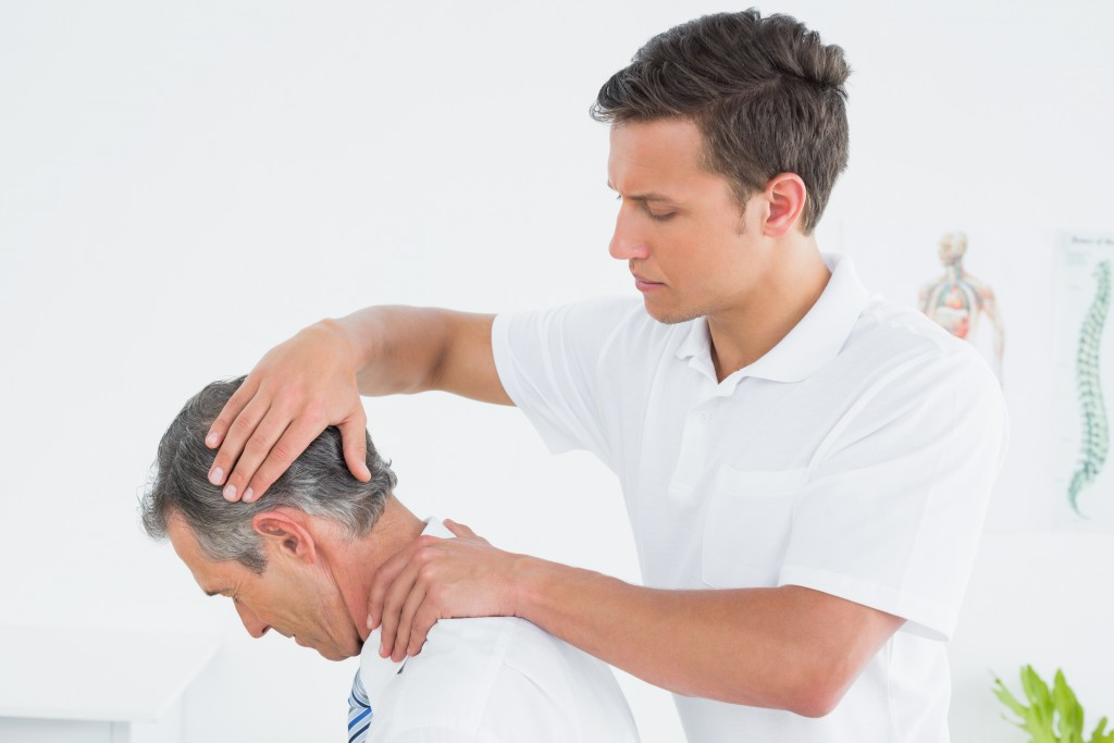 Chiropractic Adjustments: Alleviating Pain-Related Symptoms Without Surgery