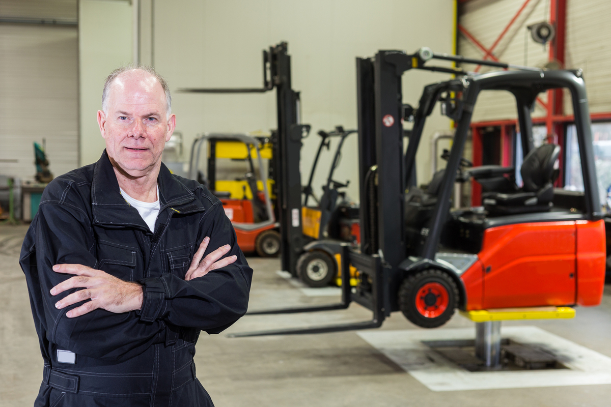 Ensure Proper Functioning of Forklifts by Adhering to the Maintenance Process
