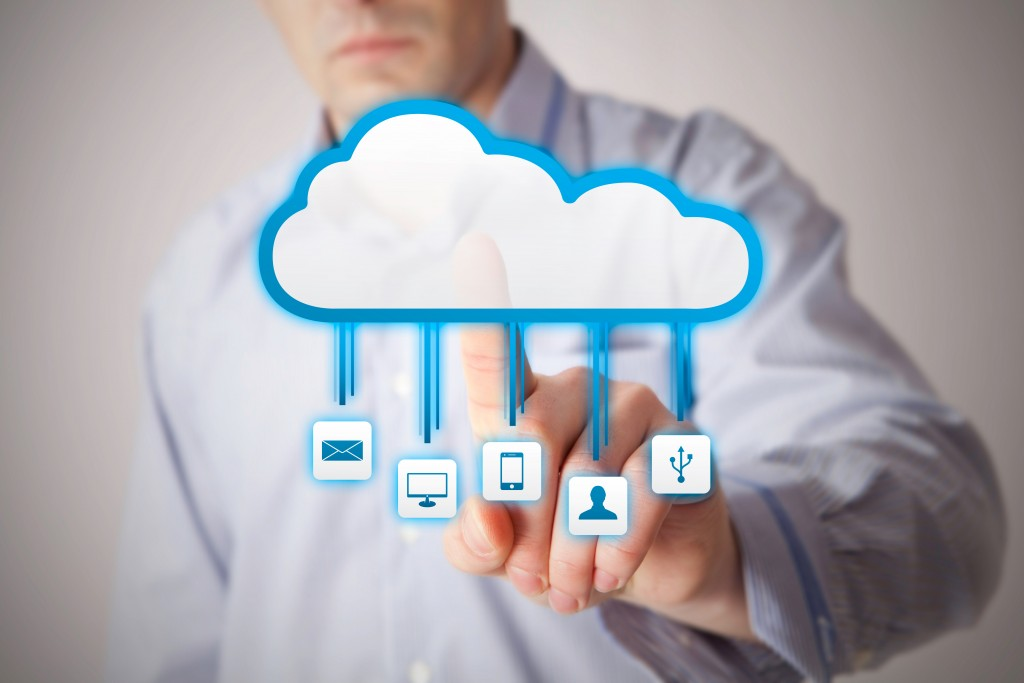 Advantages of Moving Your Business to the Cloud