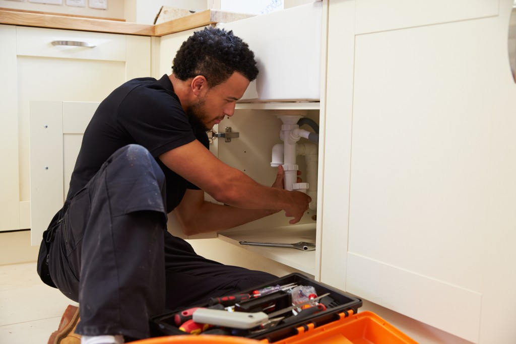 5 Plumbing Habits That Do More Harm Than Good