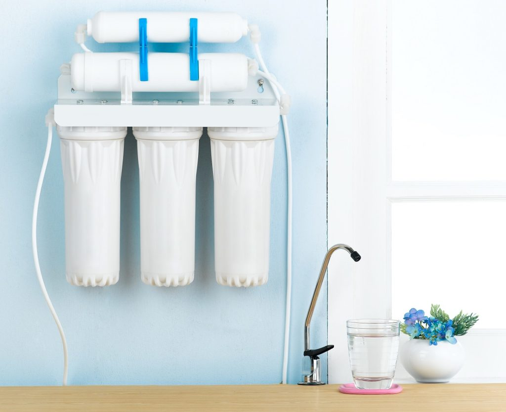 Water filtration system in the kitchen
