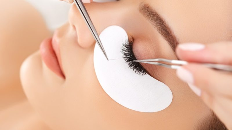 Debunking the Myths About Lash Extensions