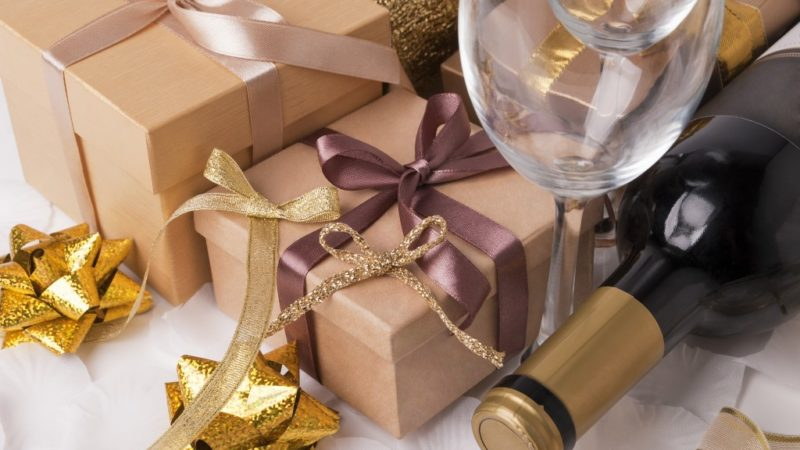 Choosing a Wine Gift Like a Sommelier