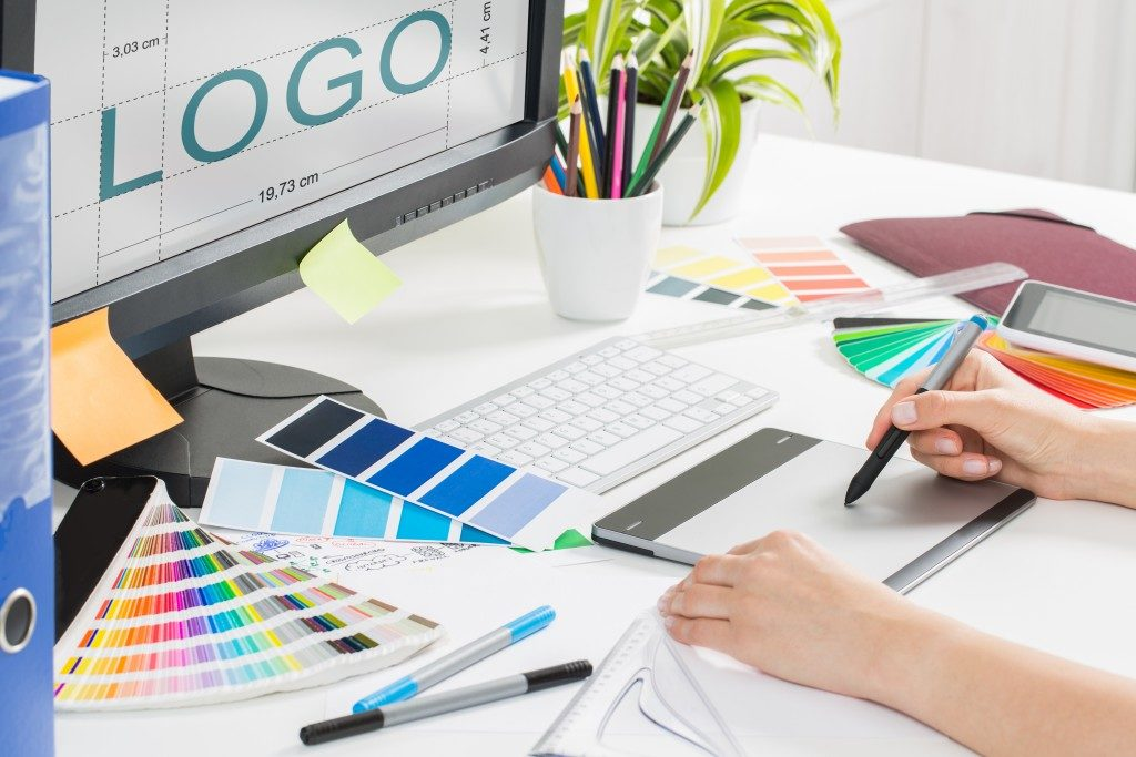 Artist creating a logo