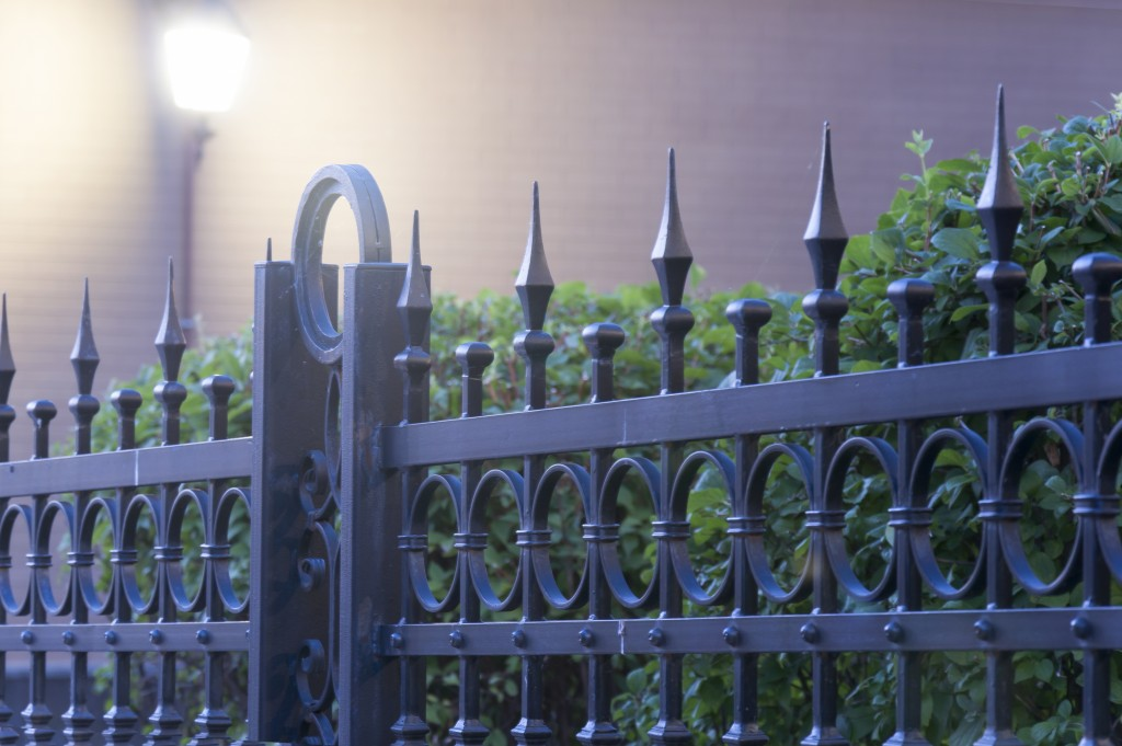 DIY Pointers: (Metal) Fencing For First-timers