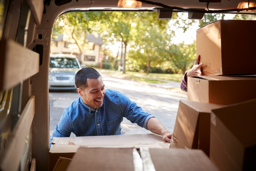 Bargaining for a Rental Moving Truck