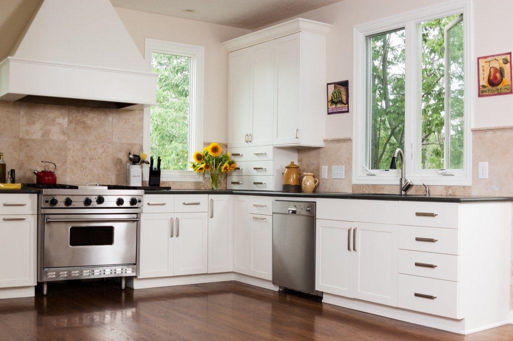 Modern kitchen design in modern home