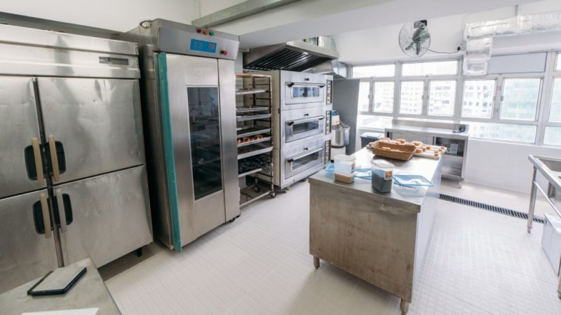 What to Consider When Choosing an Industrial Oven