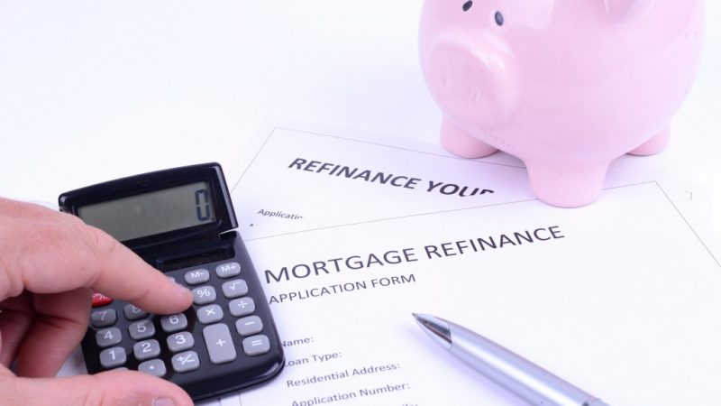 Should You Shorten Your Mortgage Term When Refinancing?