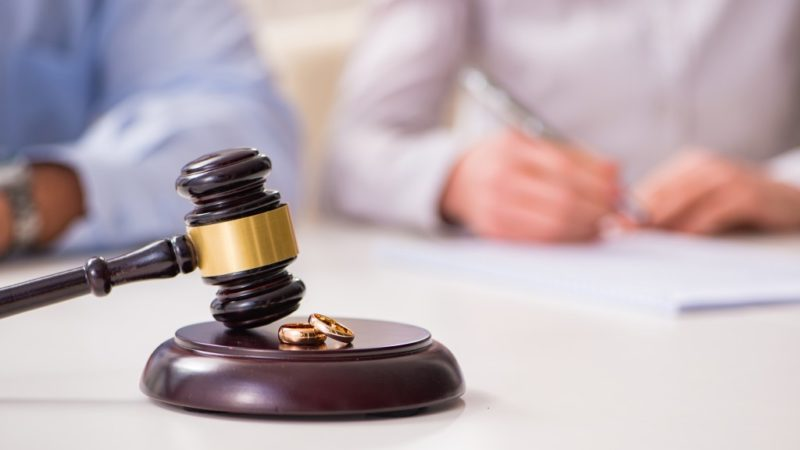 Testifying at Your Divorce Trial: 7 Big Don'ts