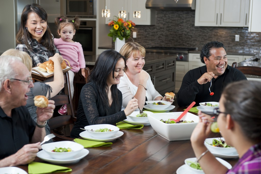 Here's How to Prepare Your House for a Fun Dinner Party
