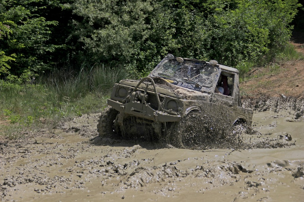 8 Best Off-Roading Upgrades For Your Truck