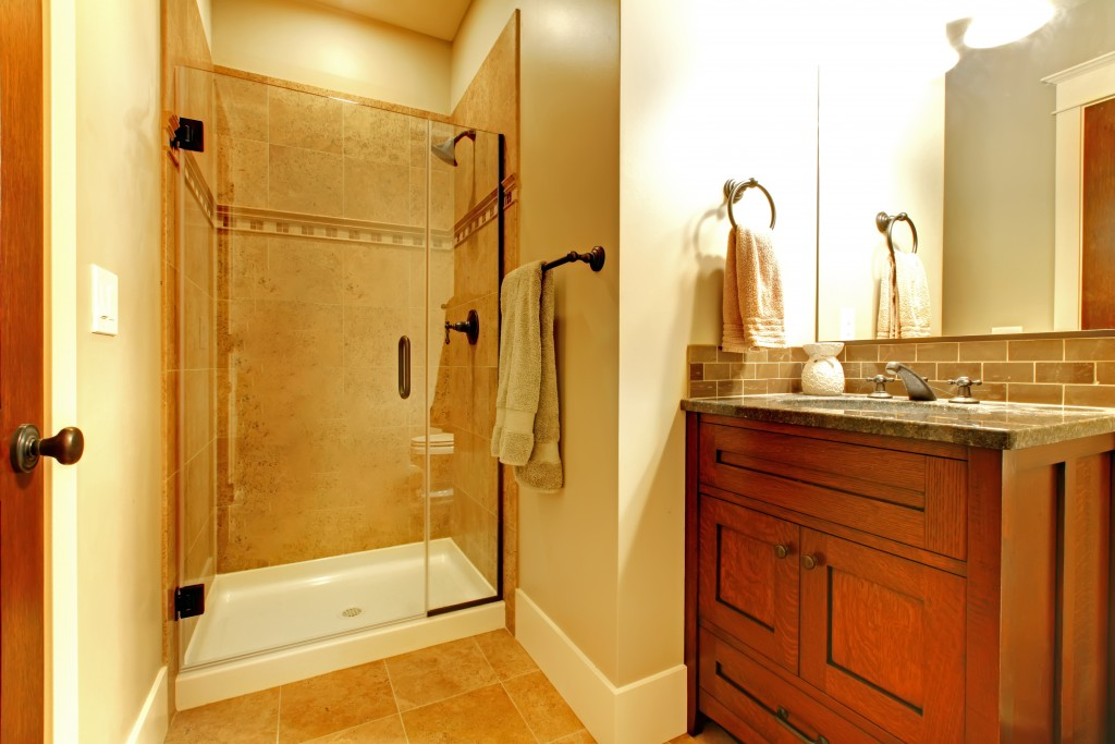 Design Ideas to Utilize a Small Bathroom's Space