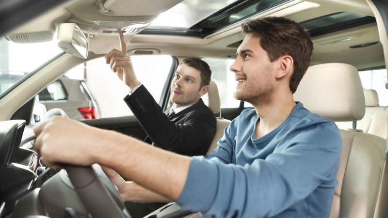 Best Safety Features to Look for When Buying a Car
