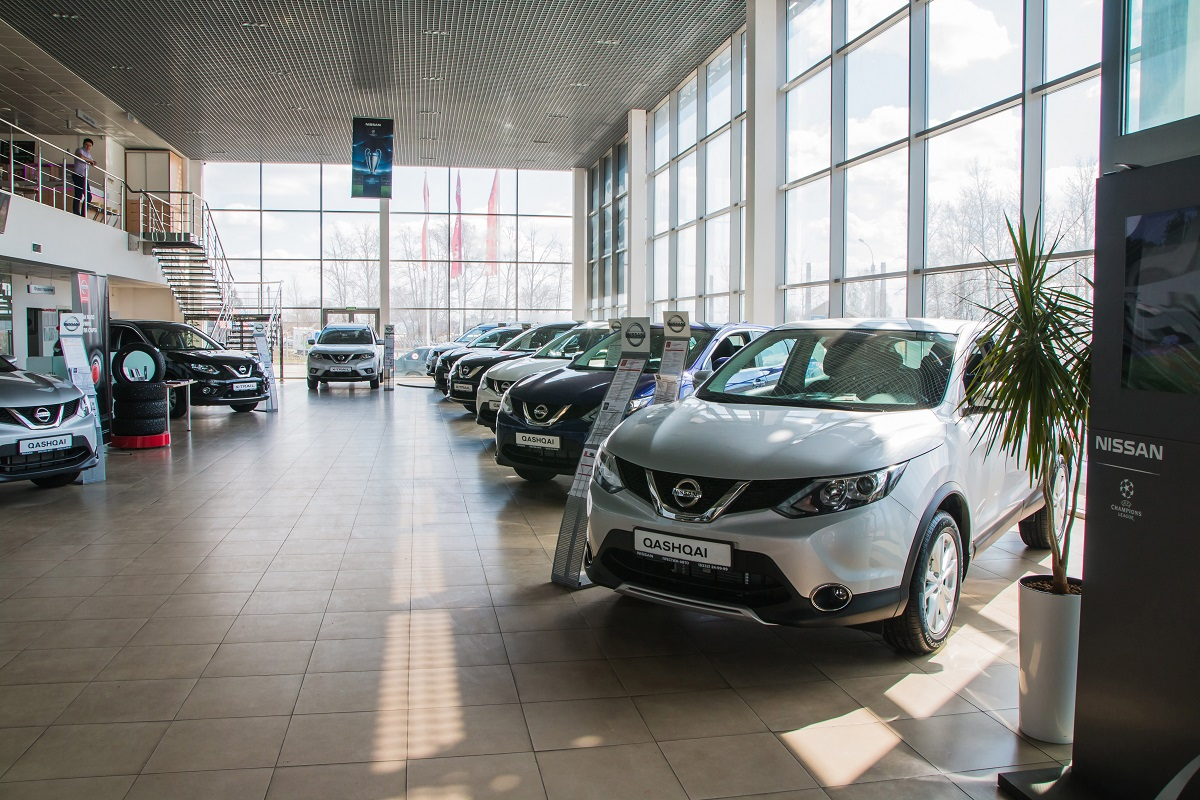 Choosing the Right Nissan Vehicle for You