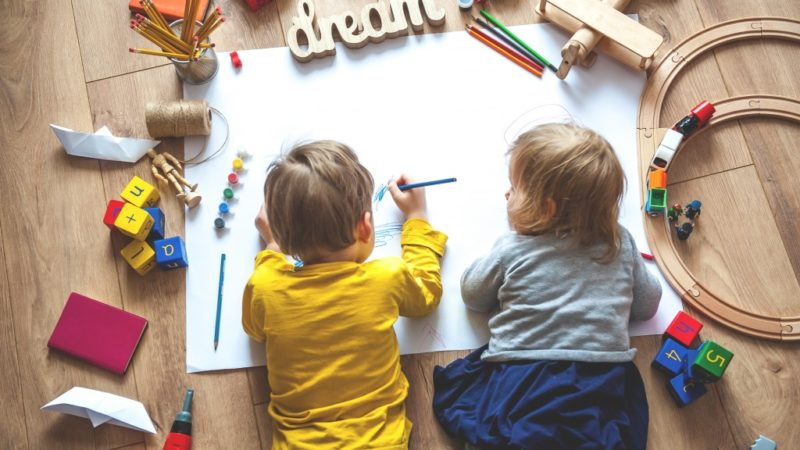 How to Choose the Right Daycare for Your Little One