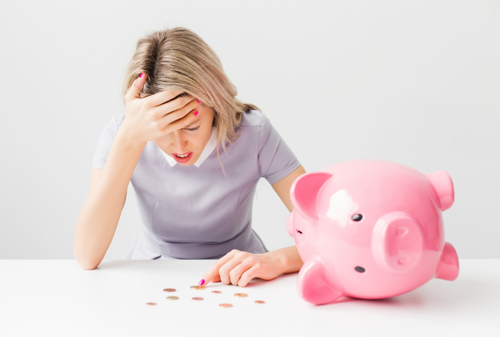 Better Financial Health: Bad Money Habits to Ditch Now